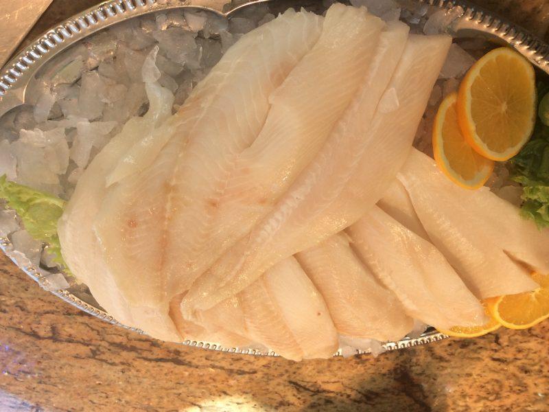 Petersfisch auf Fenchelsamen