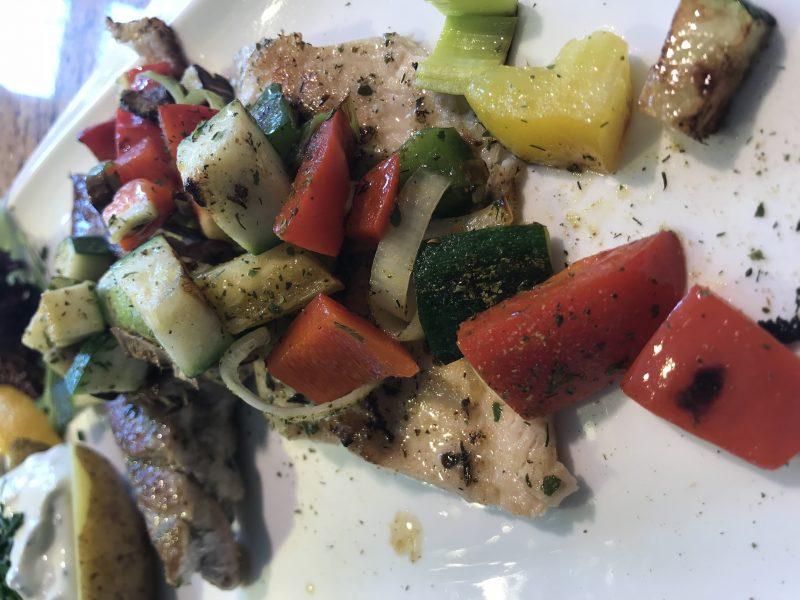 Zanderfilets mit glaciertem Gemüse